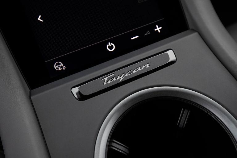 2021 Porsche Taycan 617358