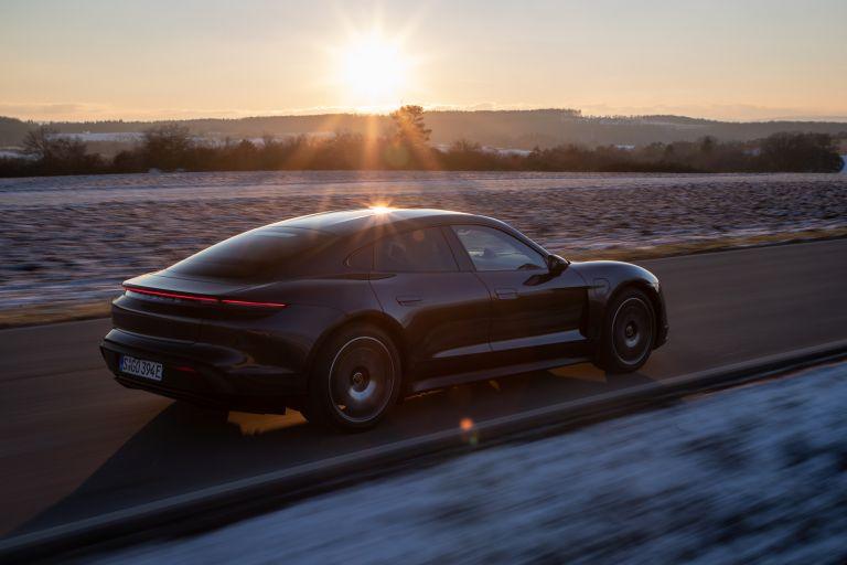 2021 Porsche Taycan 617376