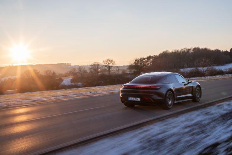 2021 Porsche Taycan 617377