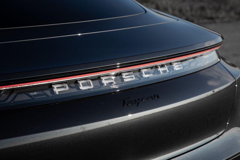 2021 Porsche Taycan 617385