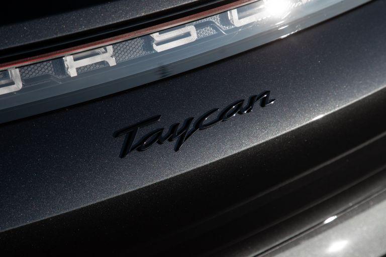 2021 Porsche Taycan 617386