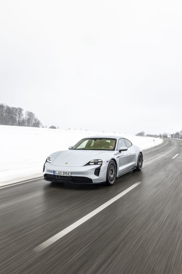 2021 Porsche Taycan 617392