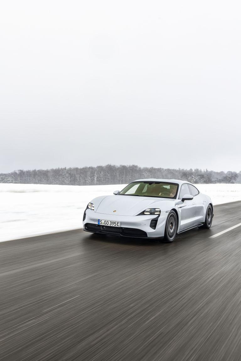 2021 Porsche Taycan 617393