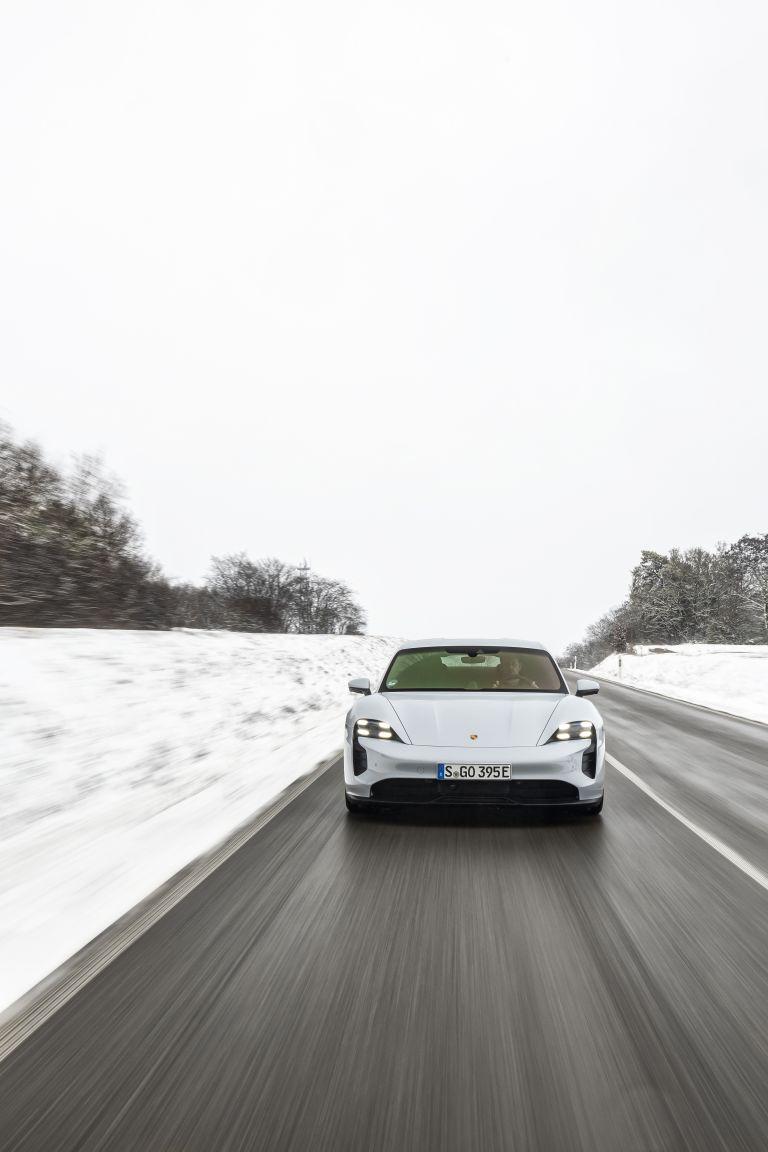 2021 Porsche Taycan 617394
