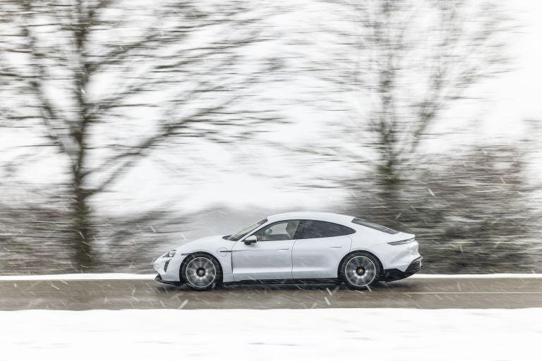 2021 Porsche Taycan 617406