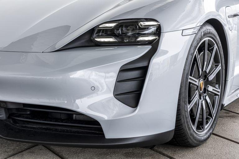 2021 Porsche Taycan 617411