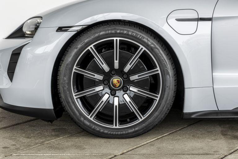 2021 Porsche Taycan 617413