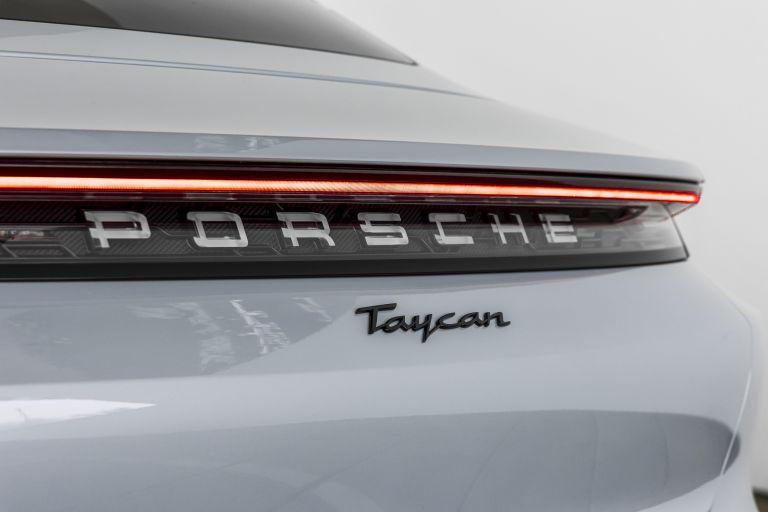 2021 Porsche Taycan 617415