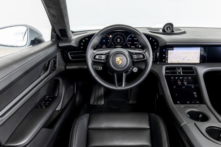 2021 Porsche Taycan 617421