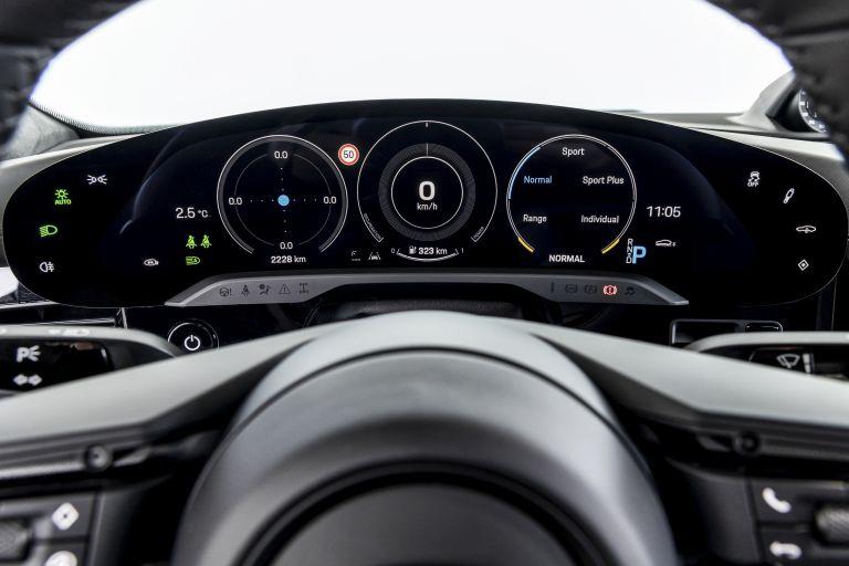 2021 Porsche Taycan 617424