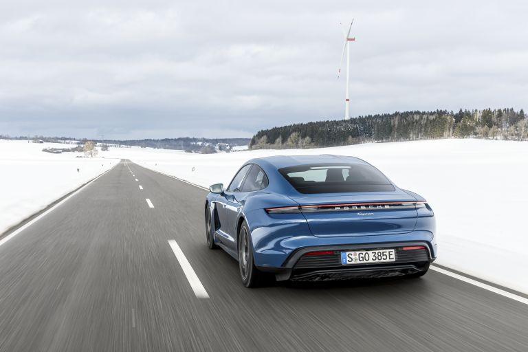 2021 Porsche Taycan 617438