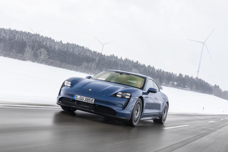 2021 Porsche Taycan 617448