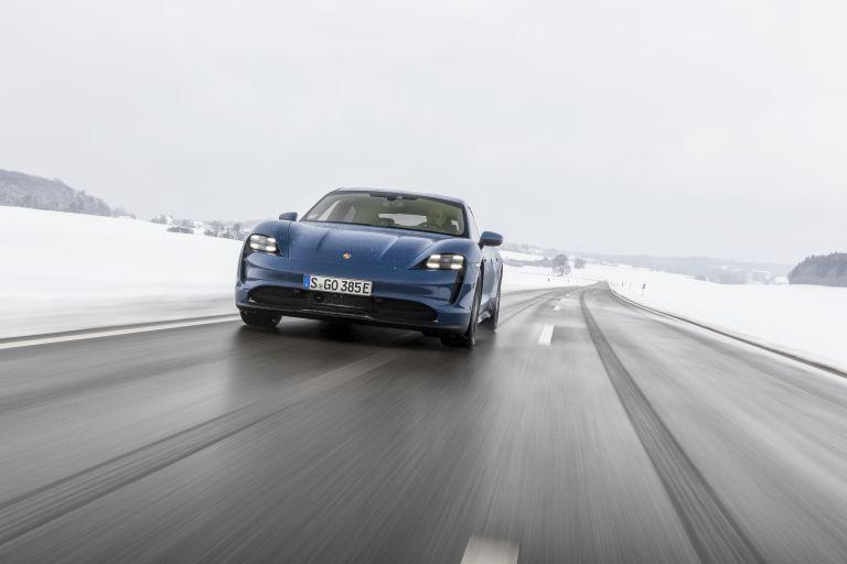 2021 Porsche Taycan 617450