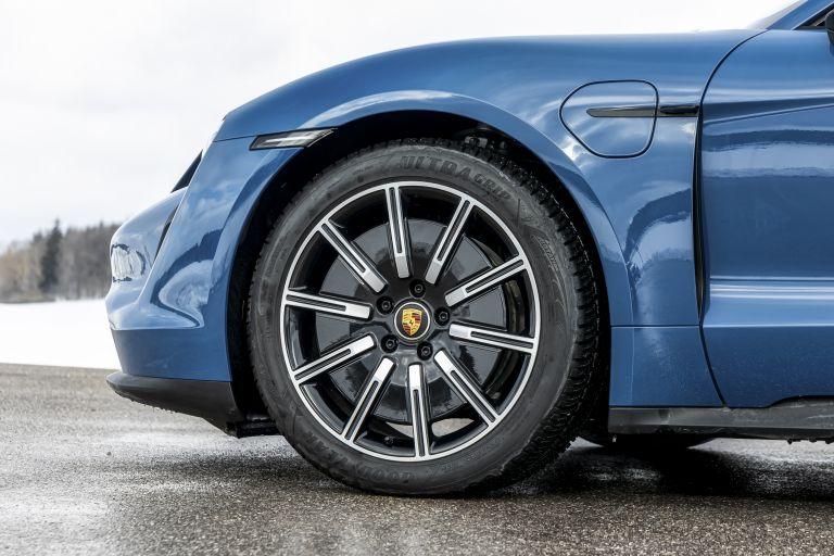2021 Porsche Taycan 617469
