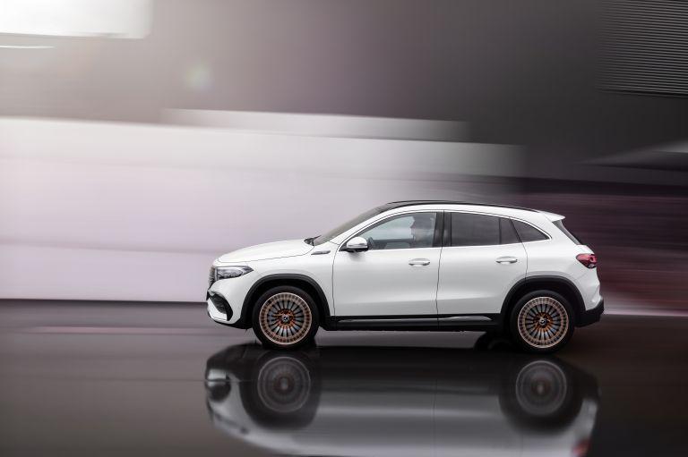 2021 Mercedes-Benz EQA 617485