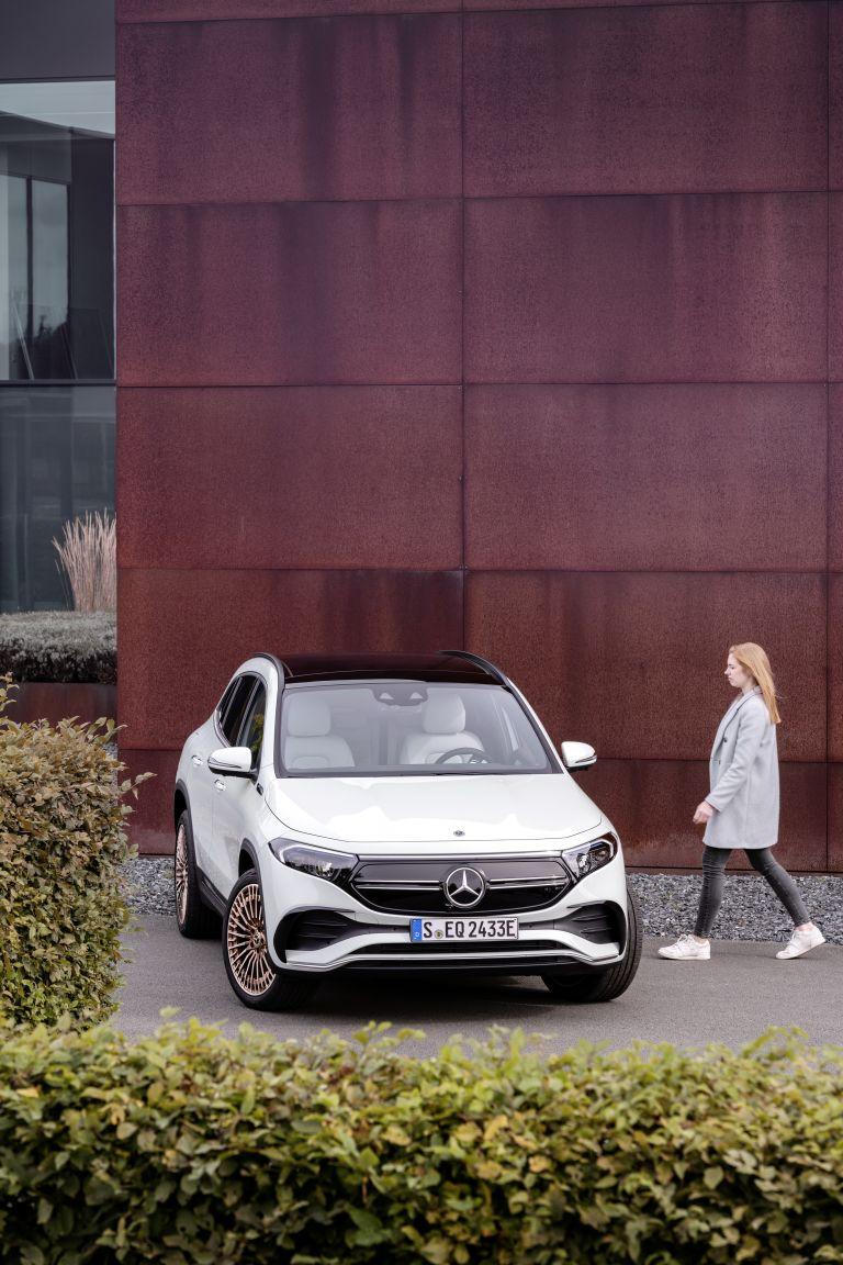 2021 Mercedes-Benz EQA 617502