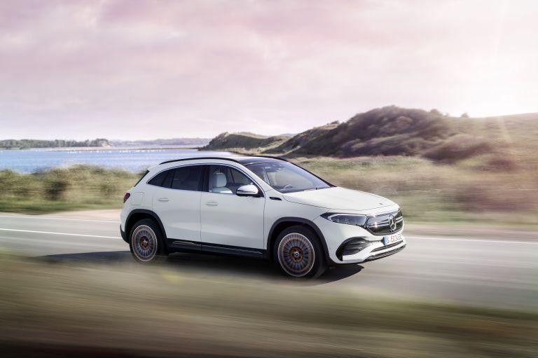 2021 Mercedes-Benz EQA 617504