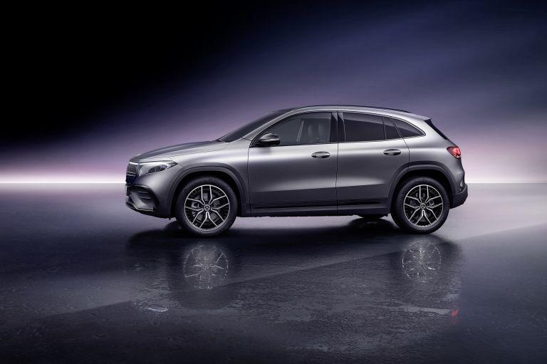 2021 Mercedes-Benz EQA 617537
