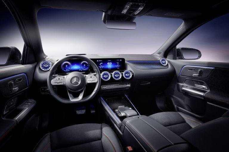 2021 Mercedes-Benz EQA 617549