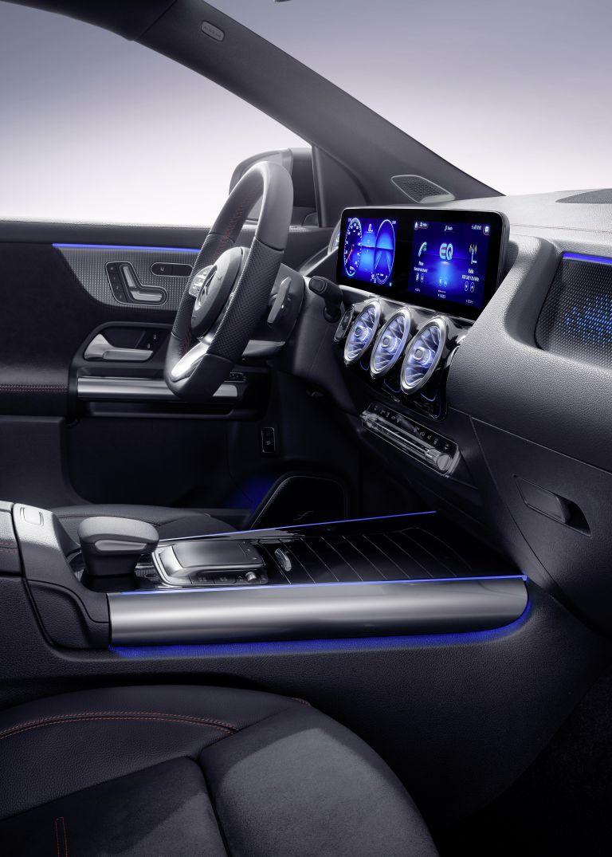 2021 Mercedes-Benz EQA 617553