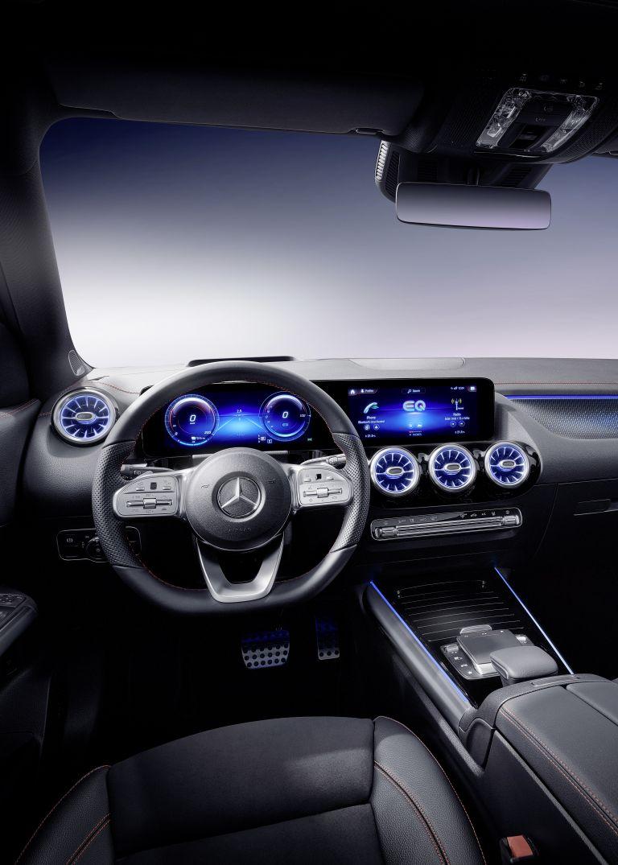 2021 Mercedes-Benz EQA 617554
