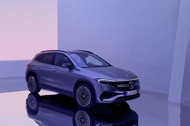 2021 Mercedes-Benz EQA 617558