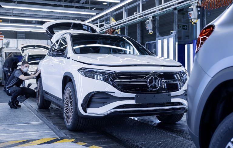 2021 Mercedes-Benz EQA 617631