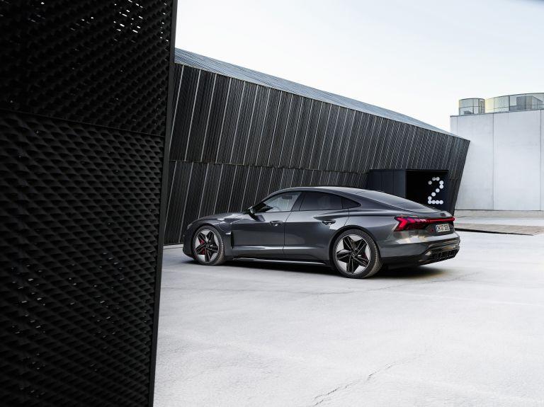 2022 Audi RS e-tron GT 620932
