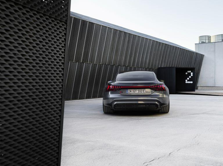 2022 Audi RS e-tron GT 620934