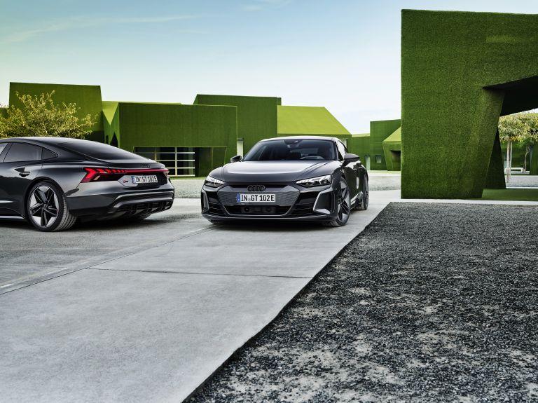 2022 Audi RS e-tron GT 620940