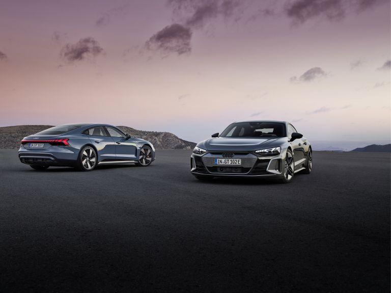 2022 Audi RS e-tron GT 620947