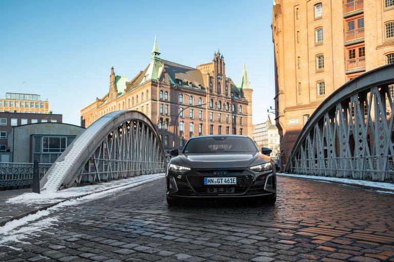 2022 Audi RS e-tron GT 623030