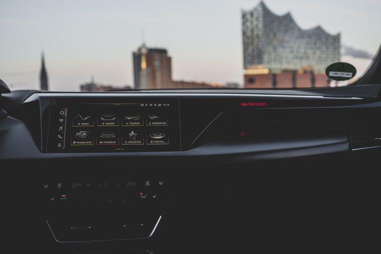 2022 Audi RS e-tron GT 623070