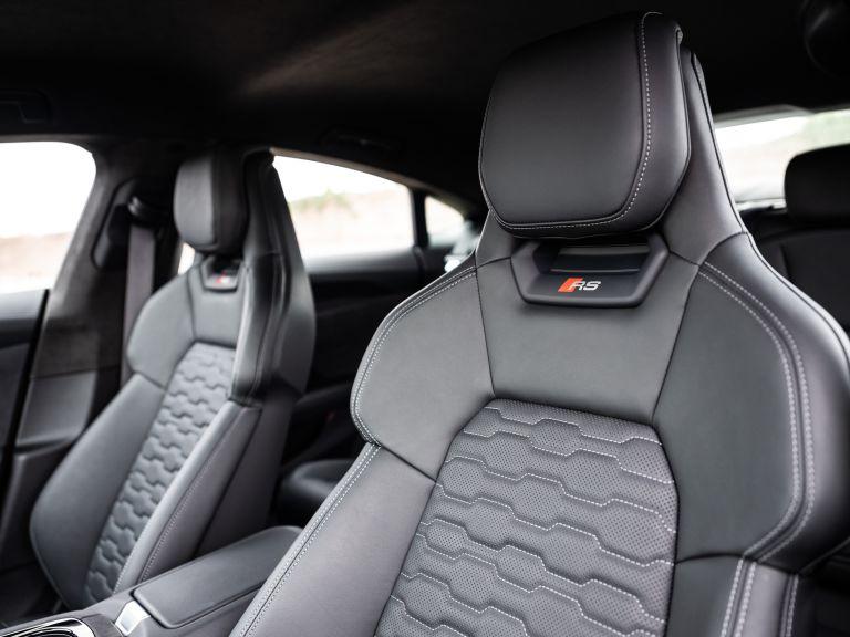 2022 Audi RS e-tron GT 623074