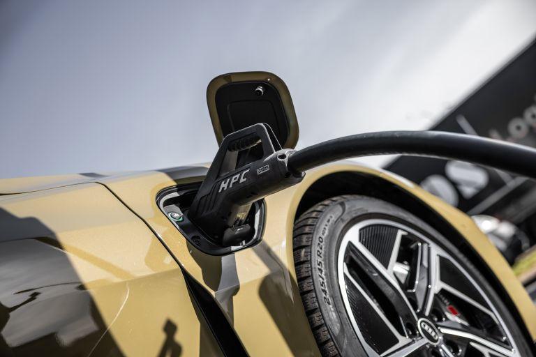 2022 Audi RS e-tron GT 623108