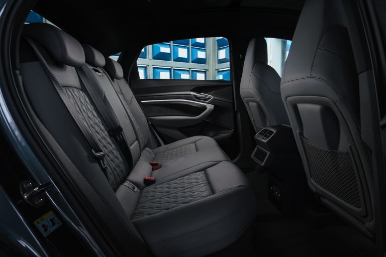 2021 Audi e-tron S Sportback quattro - UK version 621036