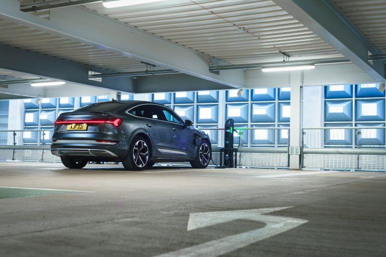 2021 Audi e-tron S Sportback quattro - UK version 621083