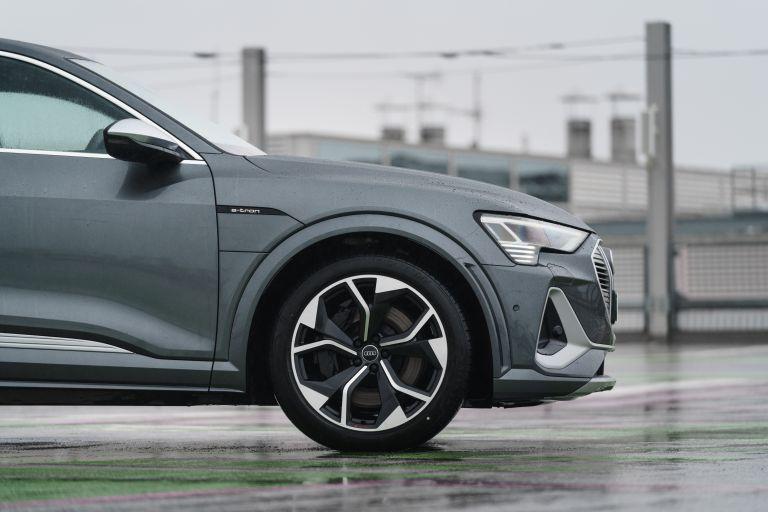 2021 Audi e-tron S Sportback quattro - UK version 621091