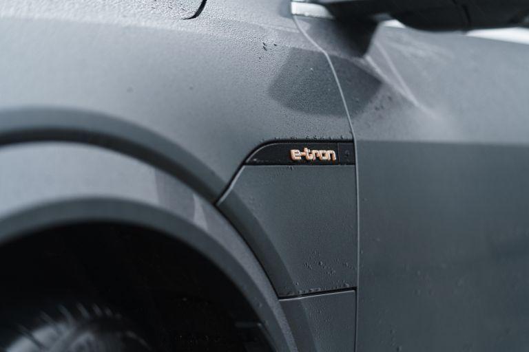 2021 Audi e-tron S Sportback quattro - UK version 621101