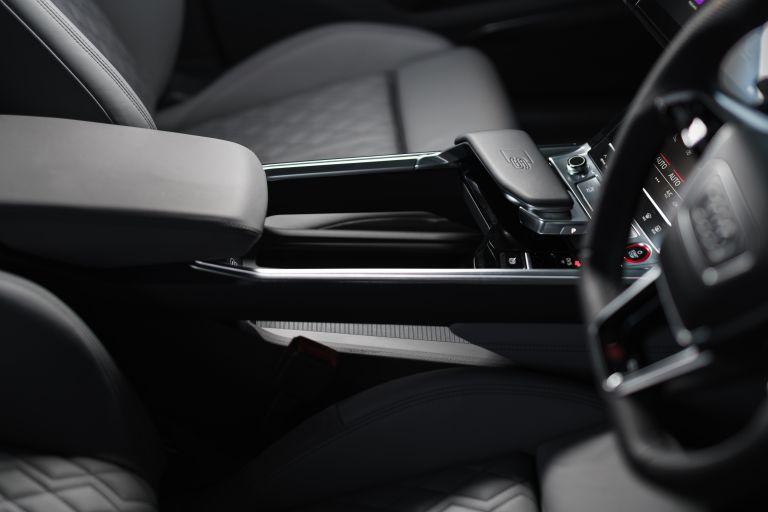 2021 Audi e-tron S Sportback quattro - UK version 621130