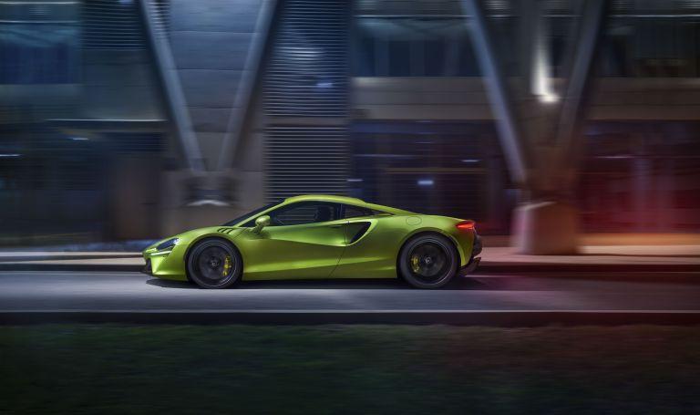 2022 McLaren Artura 621921