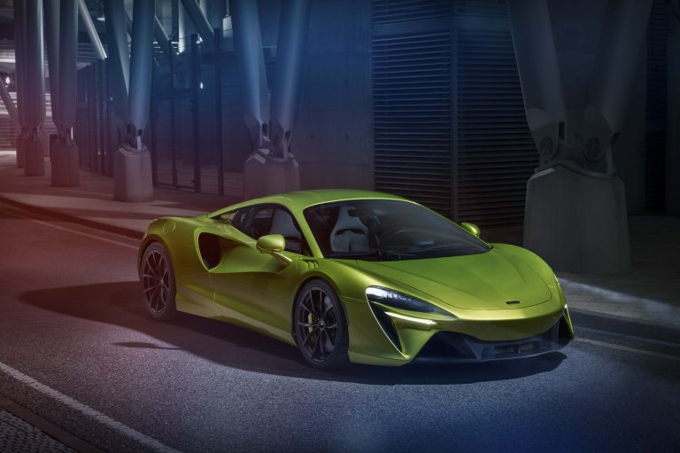 2022 McLaren Artura 621922