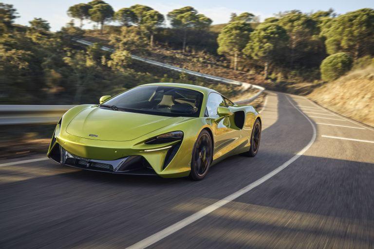 2022 McLaren Artura 621928