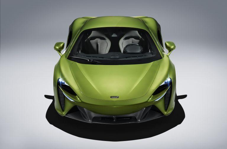 2022 McLaren Artura 621930