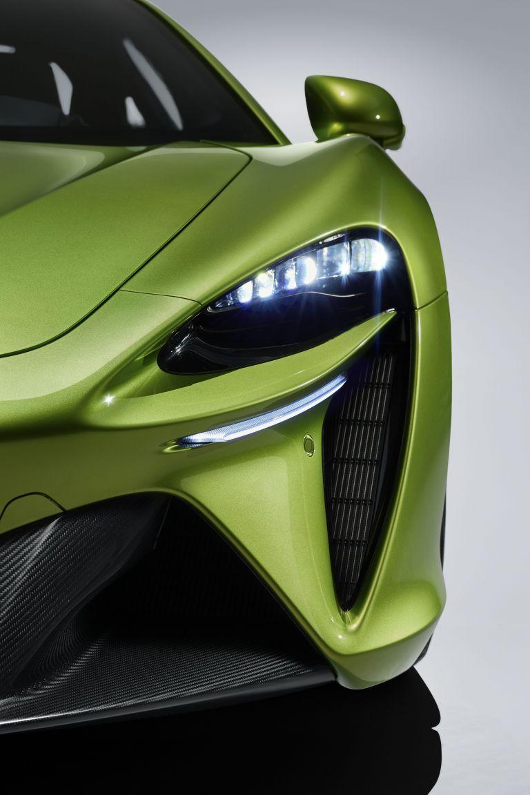 2022 McLaren Artura 621933