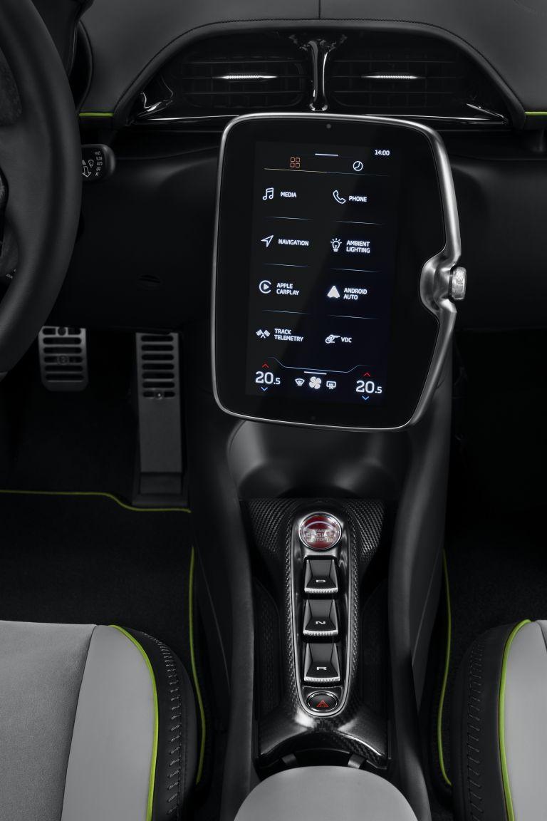 2022 McLaren Artura 621948