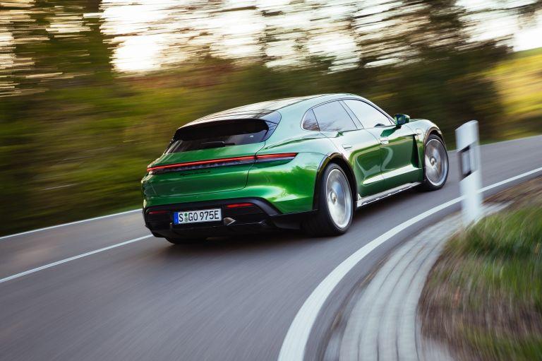 2022 Porsche Taycan Turbo S Cross Turismo 629210