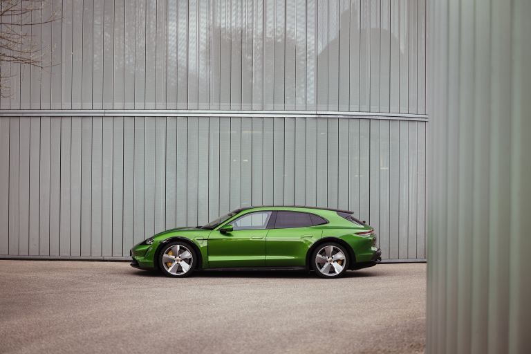 2022 Porsche Taycan Turbo S Cross Turismo 629220