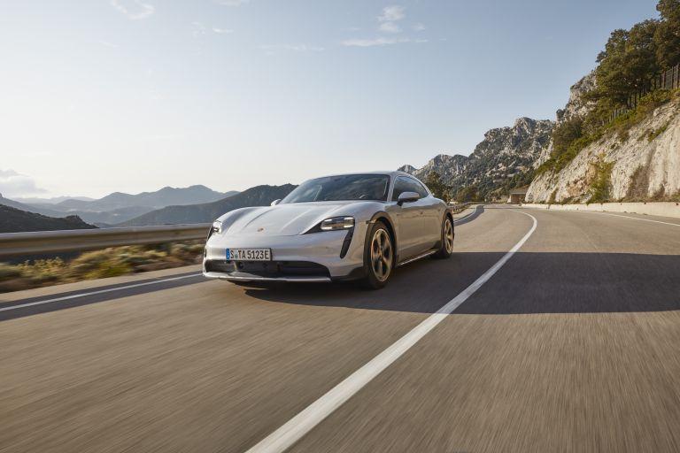 2022 Porsche Taycan 4S Cross Turismo 629235