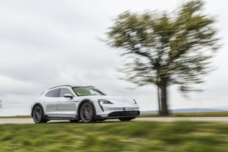 2022 Porsche Taycan 4S Cross Turismo 629274